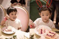 女儿在幼儿园过生日,妈妈送的蛋糕被原封不动