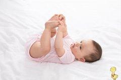 """宝宝光脚好处多多,但面对这5种情况时,娃的"""""""